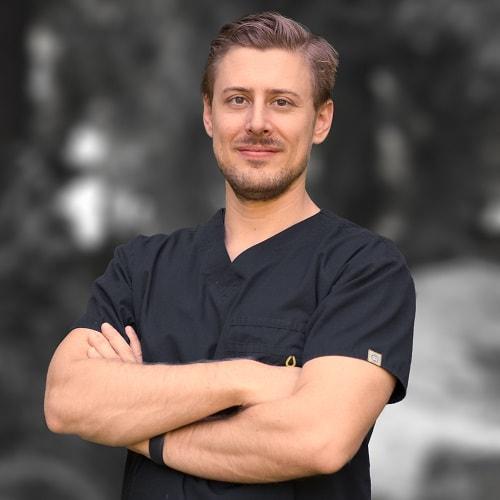 Meet Dr. Nick Koogler, DDS a Kirkland dentist at Smiles by Design